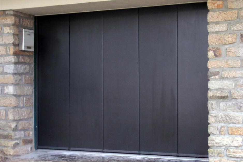 porte de garage d placement lat ral aluminium56. Black Bedroom Furniture Sets. Home Design Ideas