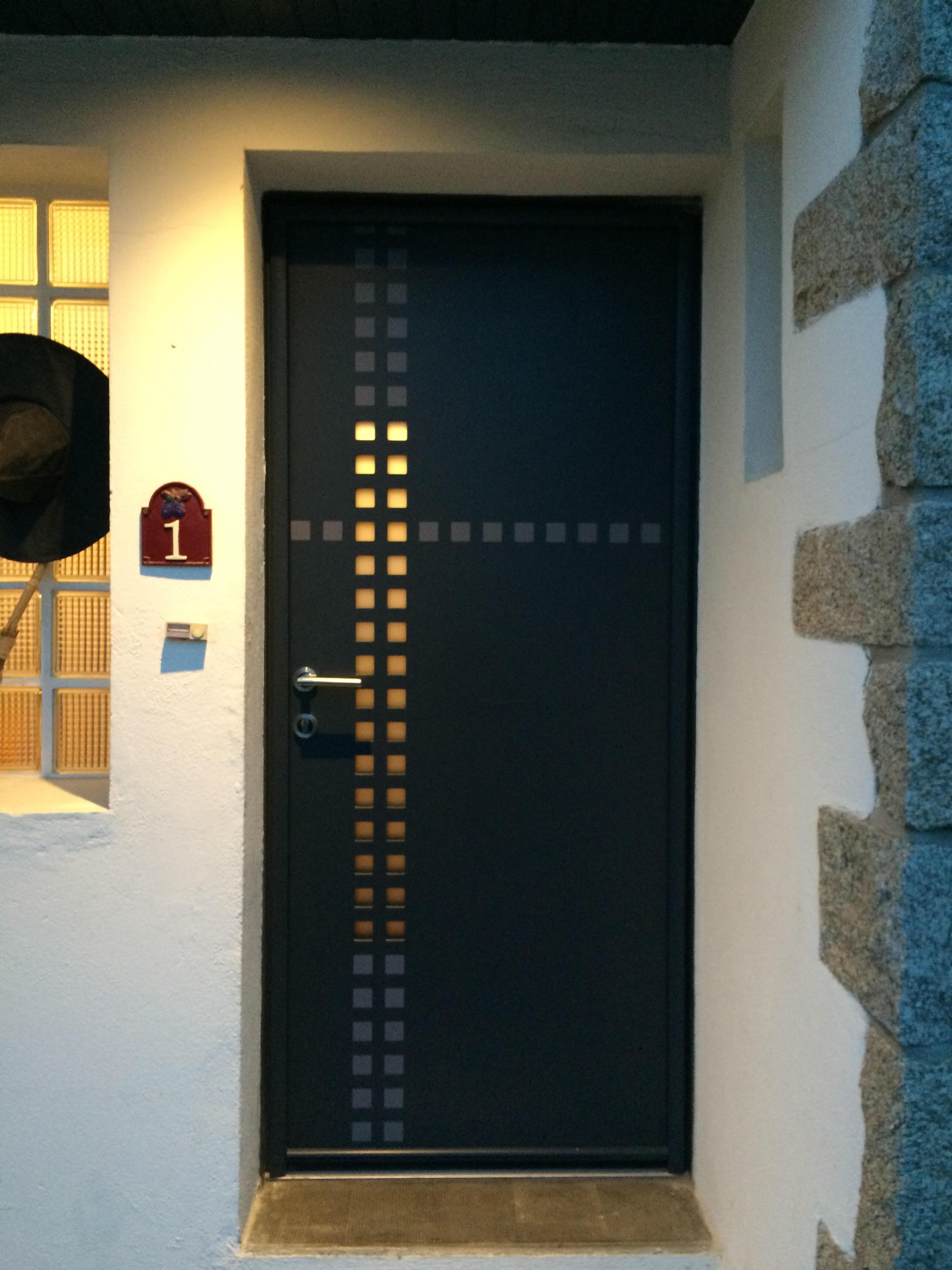 Porte d'entrée réalisée à Auray