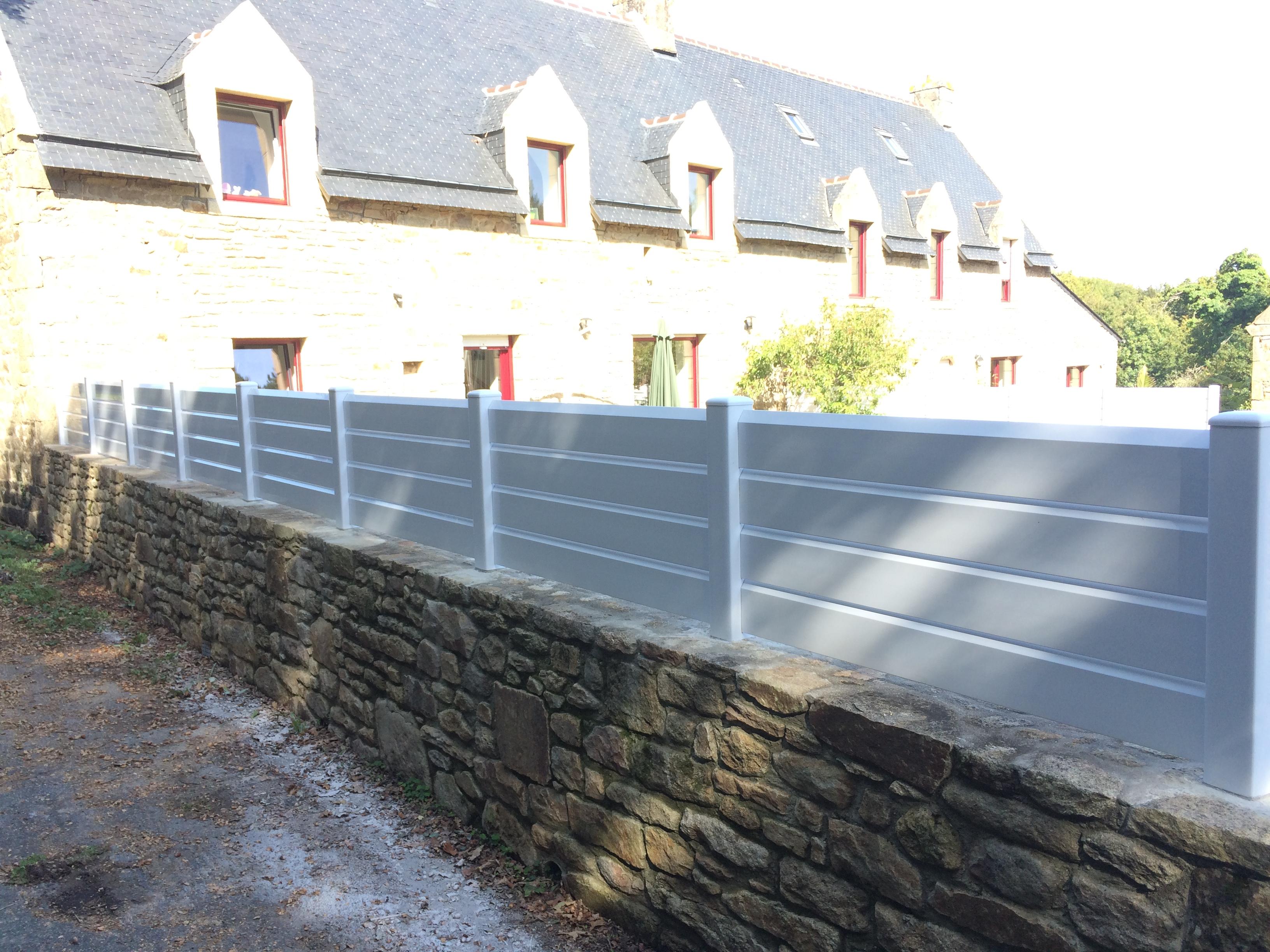 Clôture en PVC réalisée à Ploemel