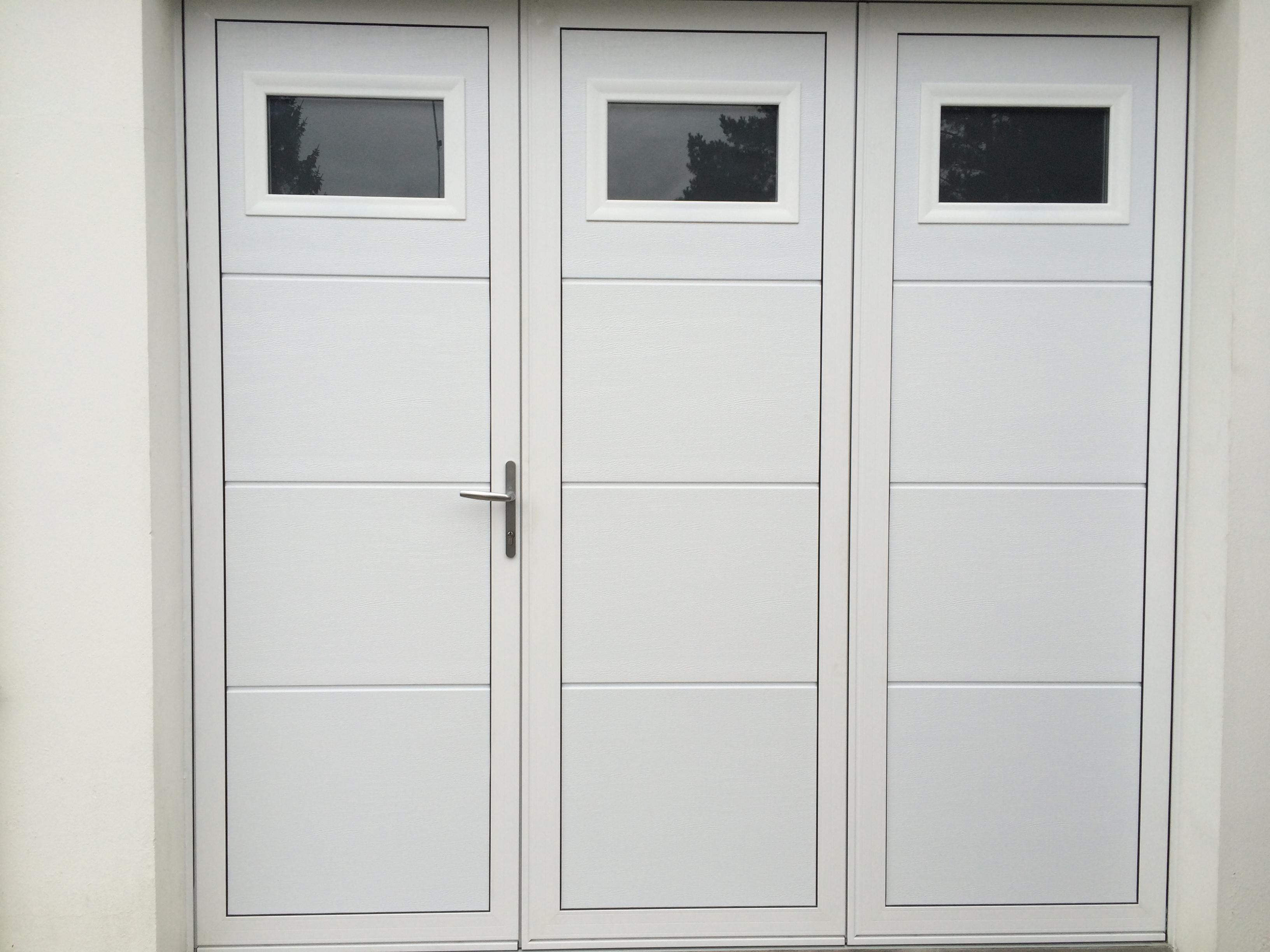 Porte de garage 3 vantaux Aluminium réalisée à Sainte Anne d'Auray