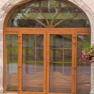 Porte-fenêtre PVC décor bois